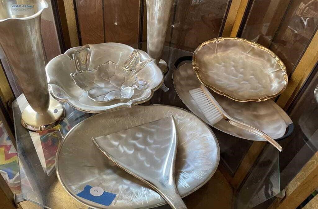 9/16 Sunny Hibid Vintage World Treasures Estate Sale Auction